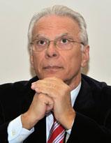 Καθ. Γεώργιος Μαρτζέλος είναι Καθηγητής Θεολογίας στο Νεάπολις Πανεπιστήμιο στην Κύπρο