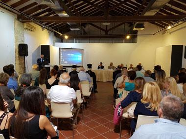 Με μεγάλη επιτυχία στέφθηκε η ημερίδα που διοργάνωσε ο Δήμος Πάφου και η Νομική Σχολή του Πανεπιστημίου Νεάπολις Πάφου για τη σημασία της προστασίας και ανάδειξης της πολιτιστικής κληρονομιάς