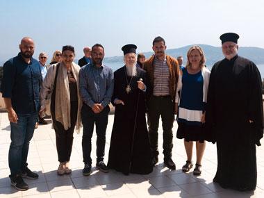 To Σεπτέμβριο του 2013 το Πανεπιστήμιο Νεάπολις Πάφου παρέδωσε τη Μελέτη Ανάπλασης των Κήπων της Ιεράς Θεολογικής Σχολής της Χάλκης. Για το μεγάλης σημασίας γεγονός και τα μηνύματά του, πραγματοποιήθηκαν εκδηλώσεις στη Χάλκη και στο Οικουμενικό Πατριαρχείο στην Κωνσταντινούπολη. Τη σημασία του έργου εξήρε στην Κωνσταντινούπολη, ο Οικουμενικός Πατριάρχης κ.κ. Βαρθολομαίος ο οποίος, εξέφρασε τις ευχαριστίες του, για την προσφορά του Πανεπιστημίου Νεάπολις και προσωπικά του Προέδρου του κ. Μιχαλάκη Λεπτού, όπως στον εμπνευστή της όλης προσπάθειας, Μητροπολίτη Προύσης, Ηγούμενο της Μονή Αγίας Τριάδος και καθηγητή του Α.Π.Θ. κ.κ. Ελπιδοφόρο. Από τις 26 Απριλίου μέχρι και την 1η Μαΐου του 2018 πραγματοποιήθηκε στην Ιερά Μονή της Θεολογικής Σχολής της Χάλκης κατόπιν προσκλήσεως του Μητροπολίτη κ.κ. Ελπιδοφόρου, εργαστήρι από το Μεταπτυχιακό Αρχιτεκτονικής Τοπίου του Πανεπιστημίου Νεάπολις, με αντικειμενο την μελέτη της εφαρμογής του σχεδίου ανάπλασης, η γεωπονική εφαρμογή του οποίου έγινε από το Νίκο Θυμάκη. Επικεφαλής του εργαστηρίου, ήταν η υπεύθυνη της σύνταξης της μελέτης, Δρ. Τζούλια Τζώρτζη, Αναπληρώτρια Καθηγήτρια και Πρόεδρος Τμήματος Αρχιτεκτονικής και Γεωπεριβαλλοντικών Επιστημών του Πανεπιστημίου Νεάπολις. Στο Εργαστήρι συμμετείχε και η Επισκέπτρια καθηγήτρια του Νεάπολις Cristina Musacchio καθώς και οι φοιτητές Ελευθέριος Βομβολάκης, Νίκος Σαμουργιανίδης και Γιάννης Πετράτος. Οι εργασίες του εργαστηρίου ολοκληρώθηκαν με επιτυχία, και στο πλαίσιο της δράσης, υπήρξε ανταλλαγή σκέψεων και προτάσεων μεταξύ των μελών του και του Μητροπολίτη Προύσης κ.κ. Ελπιδοφόρου. Την 1η Μαίου 2018 η Αυτού Αγιώτης ο Οικουμενικός Πατριάρχης κ.κ. Βαρθολομαίος, επισκέφτηκε την Ιερά Μονή της Χάλκης, όπου και συνεχάρει και ευλόγησε τα μέλη του εργαστηρίου και εξέφρασε ξανά τις ευχαριστίες προς το Πανεπιστήμιο Νεάπολις για τη σημαντική προσφορά του.